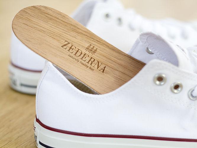 Solve sweaty feet issues in sneakers
